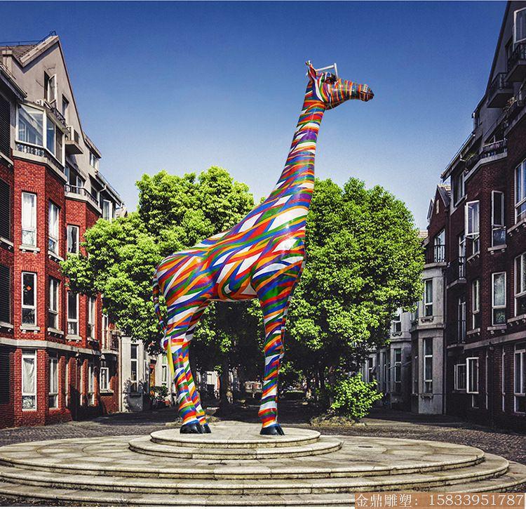 大型彩虹版长颈鹿雕塑1 (1)
